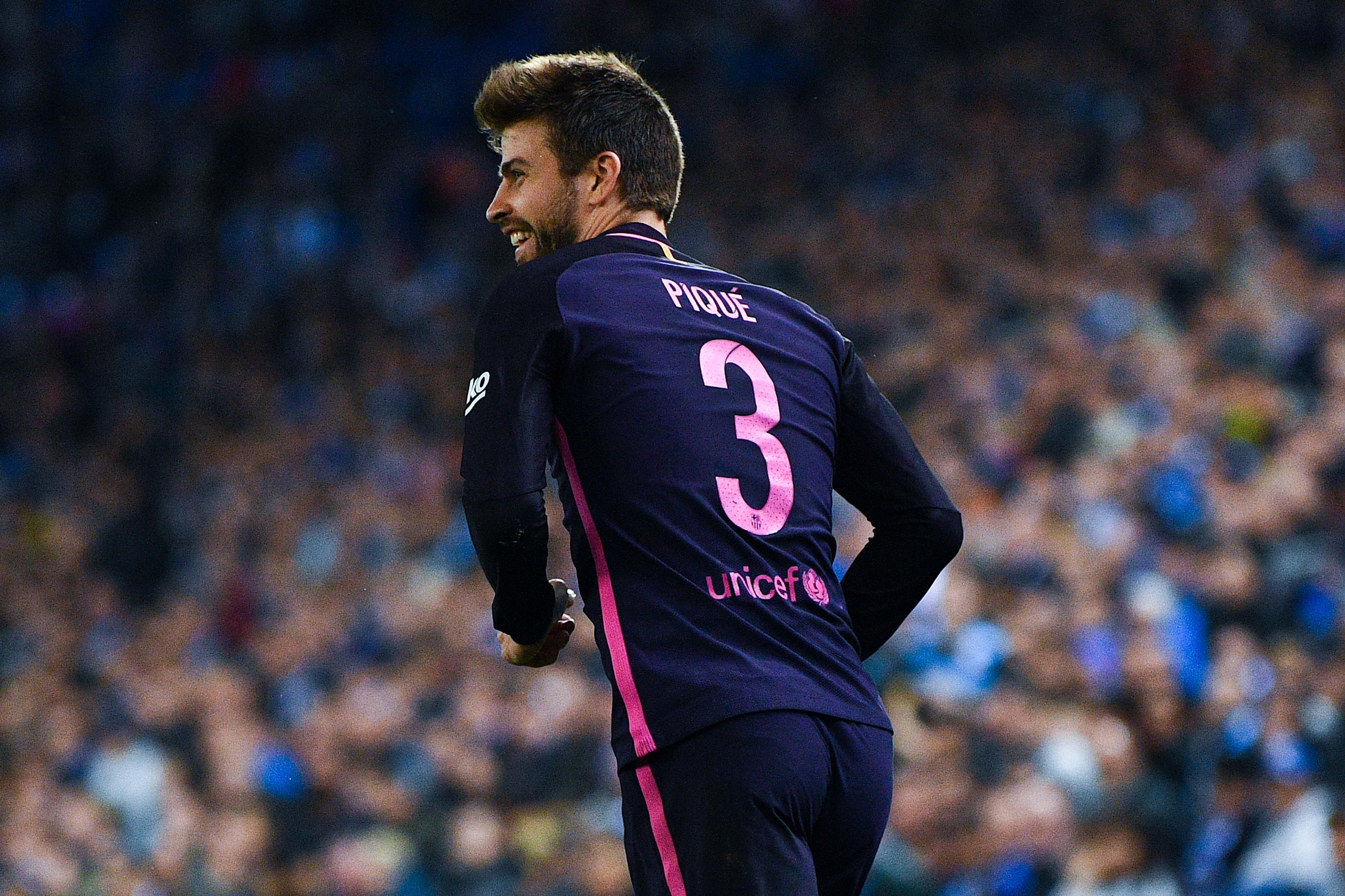 Gerard Pique Backs Barcelona S New Sponsor Rakuten