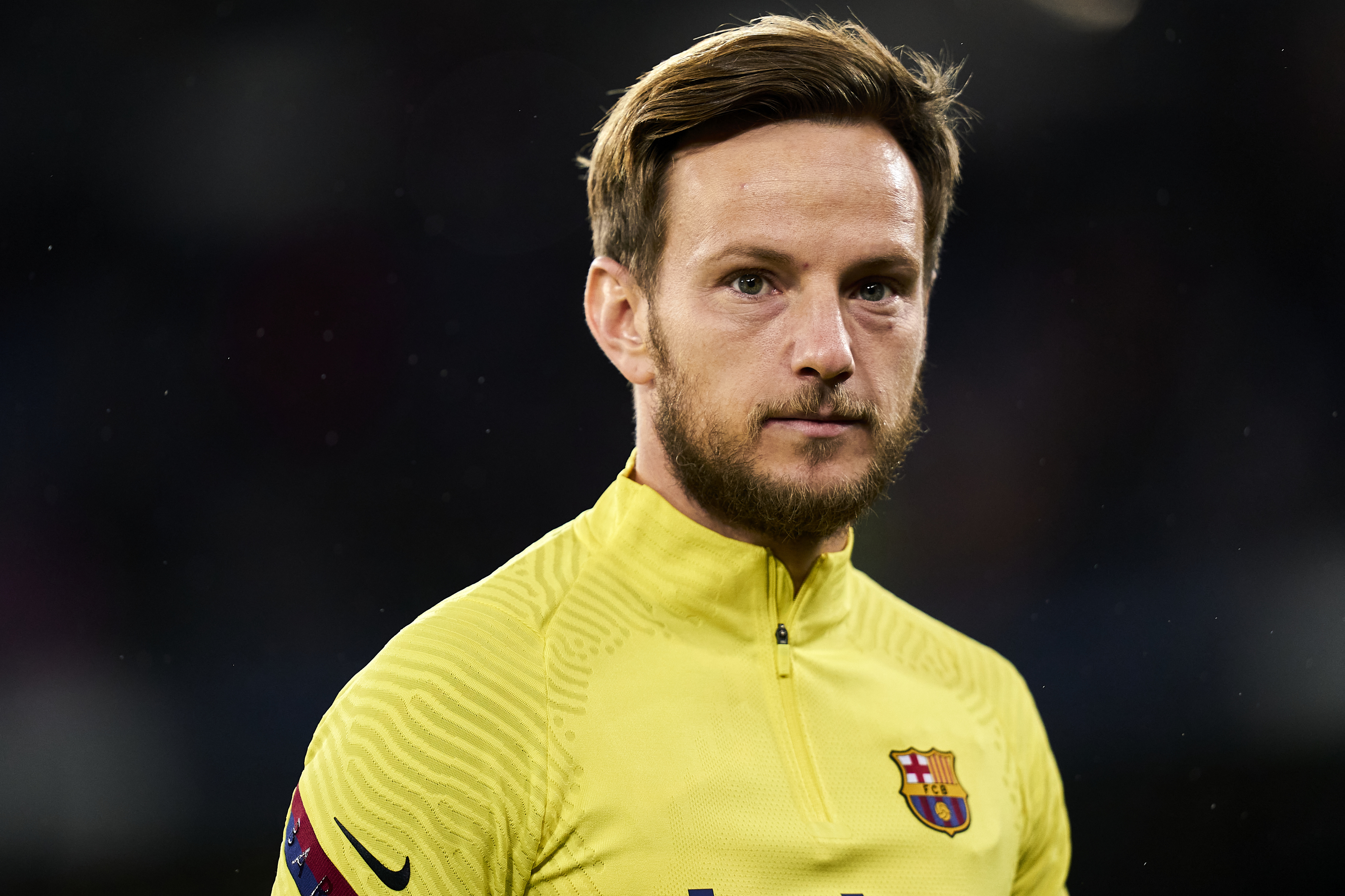 Ivan Rakitic set to join Barcelona�s arch rivals in historic betrayal - Everything Barca